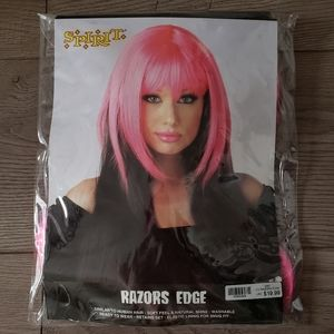 🔮Pink and black synthetic wig